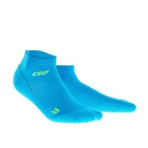 cep-ultralight-low-cut-socks-electric-blue_1056_wp5and-paar-sba_2_2_1024x1024